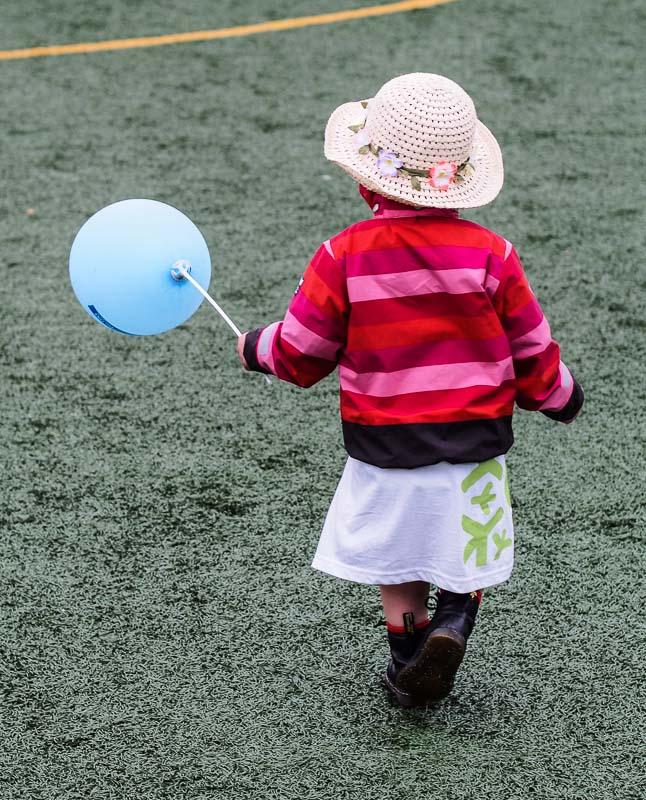 En utdelad ballong kommer till glädje
